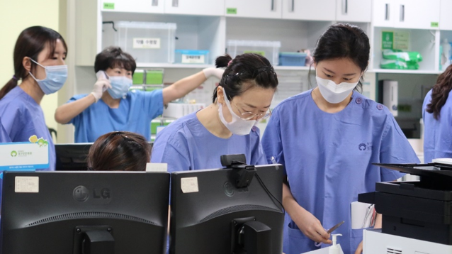 Nurses working at the isolation ward in Daegu, South Korea